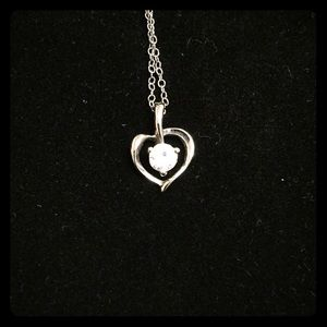 Jewelry - Sterling silver heart pendent in a chain